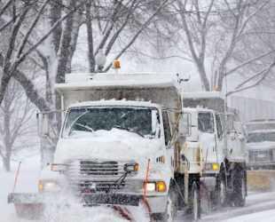 Силна снежна буря помете източното крайбрежие на САЩ