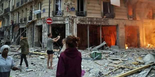 Поне трима души бяха ранени при взрив в пекарна в Париж