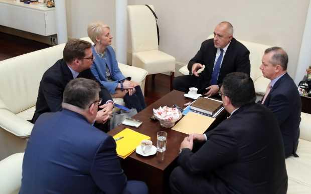 Ема Хопкинс: Британските и българските служби работят съвместно по случая с Гебрев