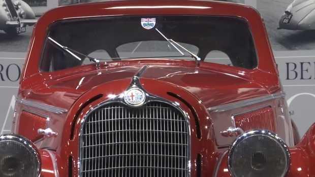 Ретро и класически модели коли отиват на търг в Париж