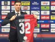 Десподов дебютира за Каляри с 15 минути игра при загубата от Милан с 0:3