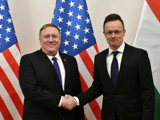 """Помпео предупреди, че Путин се опитва да забие клин между """"приятелските членки на НАТО"""""""
