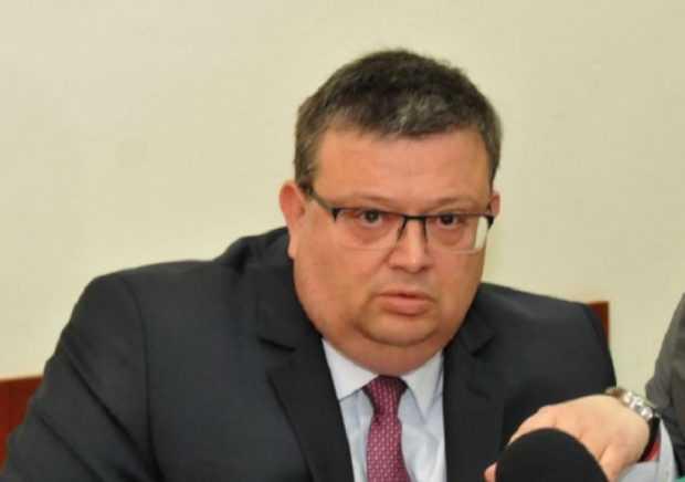 Цацаров иска от ДАНС данни за висши държавни служители, недекларирали имуществото си