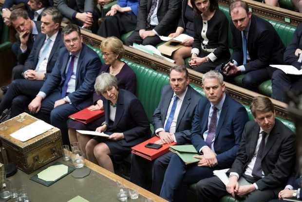 Британските депутати одобриха с голямо мнозинство отлагане на Брекзит след 29 март