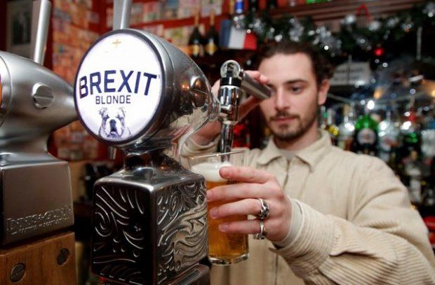 """Още една халба """"Брекзит"""", моля!"""