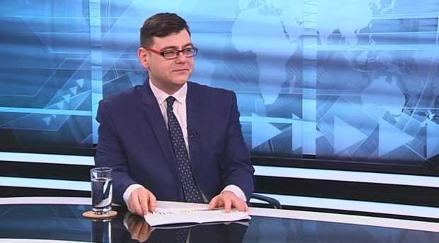 """Защо над 40% от българите поставиха оценка """"среден"""" на главния прокурор?"""