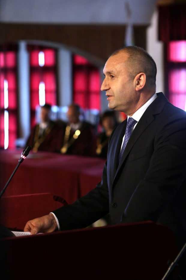 Радев: Уважавам решението на Иво Христов да участва в листата на БСП за евровота