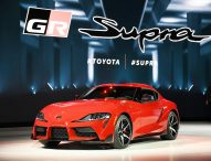 Историята на Toyota Supra и новото Porsche Speedster