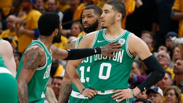 Бостън е на победа от втория кръг в плейофите в НБА