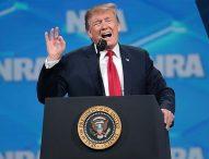 """Тръмп подписа указ за """"национално извънредно положение"""" във връзка със заплахите за информационните технологии"""