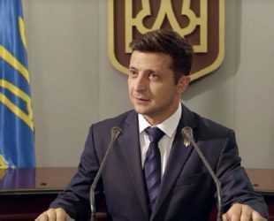 Зеленски печели президентските избори в Украйна, сочат първоначалните резултати
