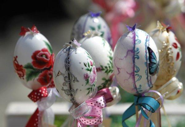 Благотворителен базар за Великден помага за благородни каузи