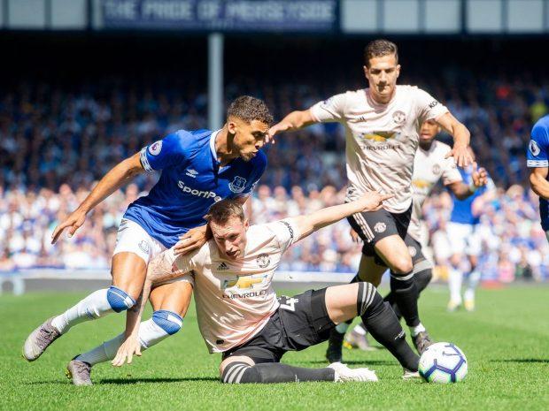 Евертън унижи Юнайтед с 4:0