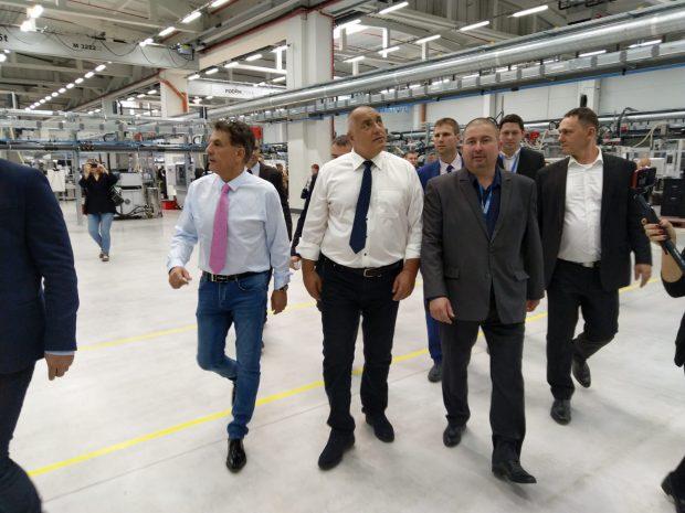Борисов откри ново разширение на автомобилния завод в Пазарджик