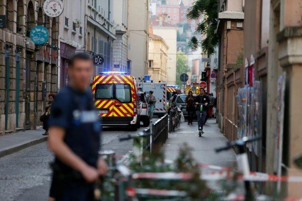 Арестуван е заподозрян за бомбения взрив в Лион