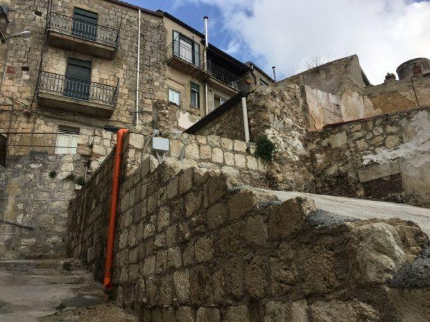 Малко италианско градче продава къщи на безценица, за да съживи икономиката си