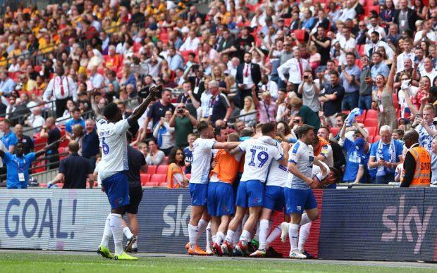 Транмиър победи с 1:0 Нюпорт и от следващия сезон ще играе в Лига 1 на Англия