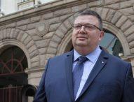 На среща в ДАНС – обсъдиха искането на Цацаров за данни за недекларирани имоти и сметки