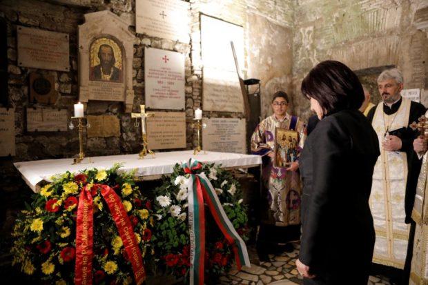 В Рим председателят на НС поднесе цветя пред паметника на Светите братя Кирил и Методий