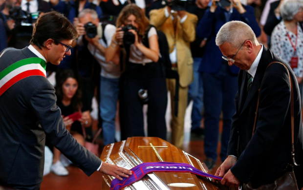Семейство, приятели и колеги си взеха последно сбогом с Франко Дзефирели