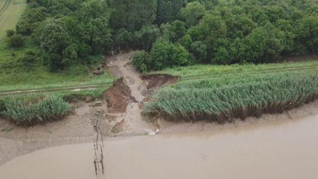 Описват щетите от наводненията в община Стражица