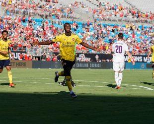 Арсенал надигра Фиорентина с 3:0 в приятелска среща