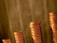 МФ: Икономиката ще расте с по 3,3% на година