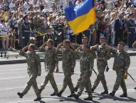 Зеленски отмени военния парад по случай Деня на независимостта, бил скъп