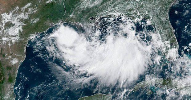 Ураганът Бари се насочва към Луизиана