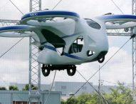 Успешен първи полет на летяща кола в Япония