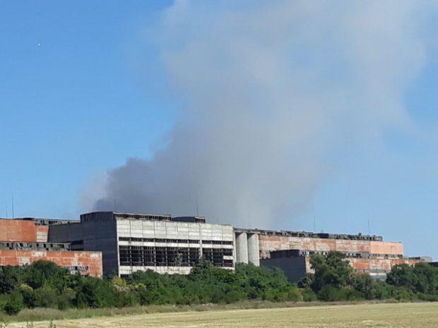 В Пловдивско излязоха на протест заради пожара в сметището