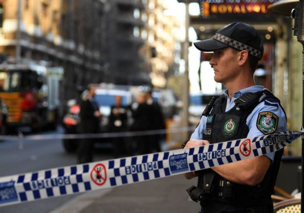Атака с нож в центъра на Сидни, една жена е ранена