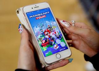 """""""Нинтендо"""" пуска Супер Марио в игра за мобилни устройства"""