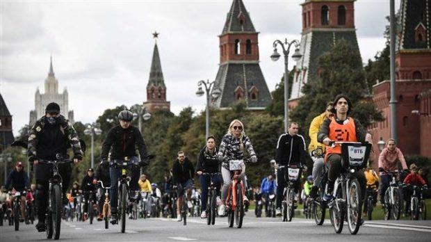 Десетки хиляди велосипедисти популяризираха колоезденето в Москва