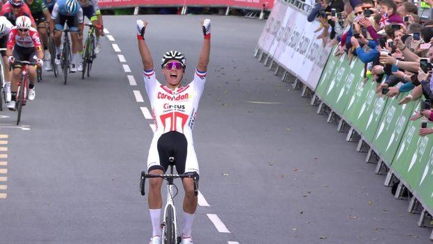 Ван дер Пул с етапна победа и лидерска фланелка в Обиколката ан Великобритания