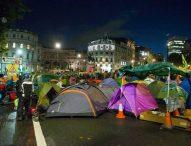 Палатките във Варна се преместиха пред общината