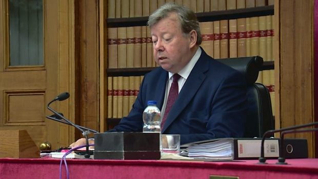 Шотландски съд отложи решение дали да се принуди Джонсън да отложи Брекзит