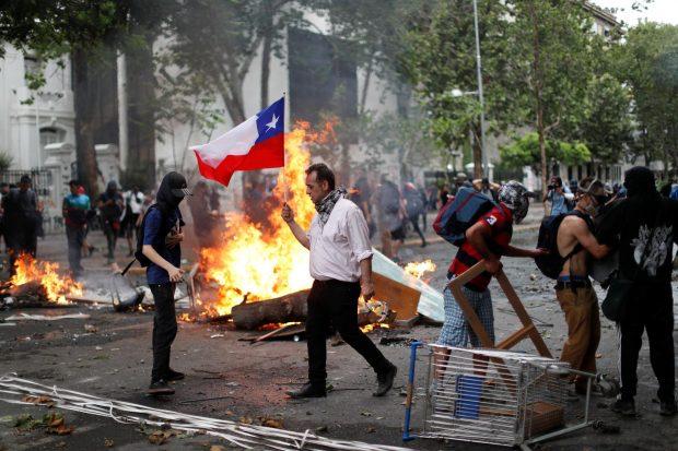 Нови безредици в Чили