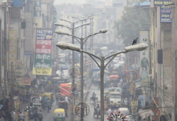 Токсичен смог отново обгърна Ню Делхи