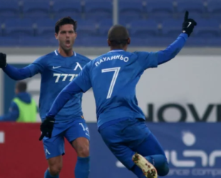 Левски скъси дистанцията от лидера Лудогорец след 2:0 срещу Витоша