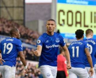 Дънкан Фъргюсън с успешен дебют начело на Евертън след 3:1 срещу Челси