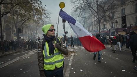 Френските синдикати свикват общонационален протест