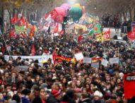 Общонационална стачка блокира Франция