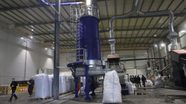 В Елин Пелин искат референдум заради завод за преработката на найлонови торби