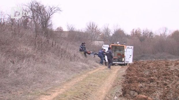 Ловна дружина от Пазарджик откри труп на мъж в бетонен напоителен канал