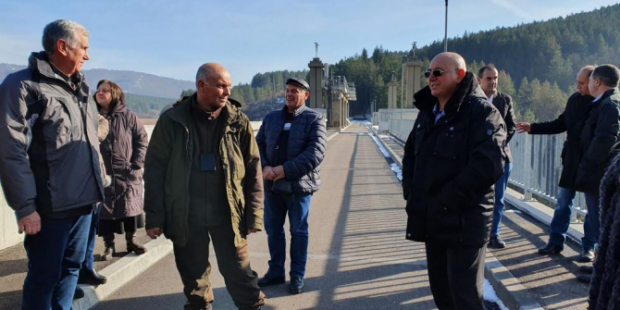 """Новият министър на околната среда и водите Емил Димитров на проверка в ТЕЦ """"Бобов дол"""""""