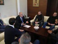 "Акциите на ""Левски"" да станат собственост на феновете, предложи премиерът Борисов"