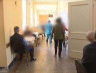 Възрастни избиратели по селата се затрудниха с машинния вот във Великотърновско