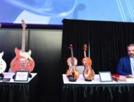 Високотехнологични музикални инструменти бяха демонстрирани на изложение в Калифорния