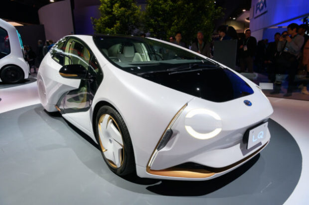 Концептуални модели на изложението в Лас Вегас променят връзката автомобил-водач